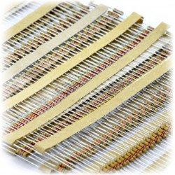 Set of THT 1/4W resistors described - 640 pieces.