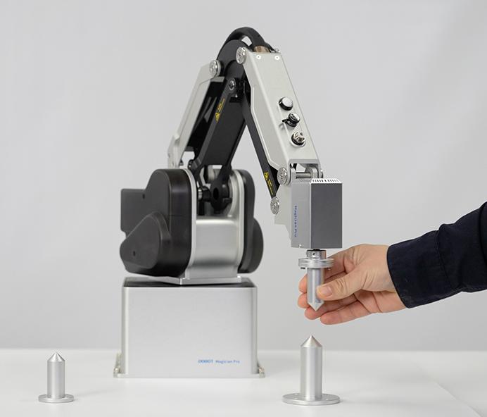 Ramię robota Dobot M400
