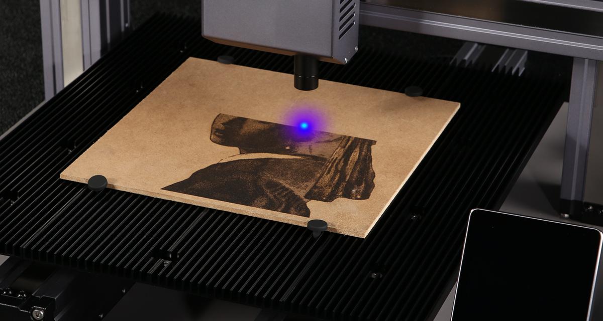 Grawerowanie i cięcie laserowe